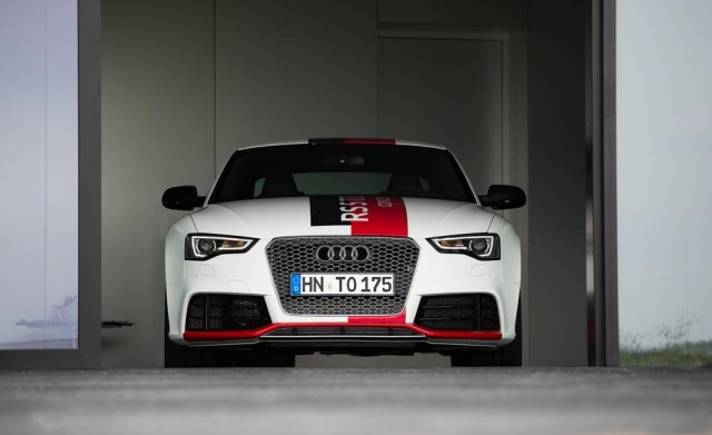 Newcarreleasedates.Com New 2018 Hybrids and Plug-ins ''2018 AUDI RS5 HYBRID TURBO'' 2018 Hybrid/Electric Vehicle Buying Guide, Price, Photos, Reviews