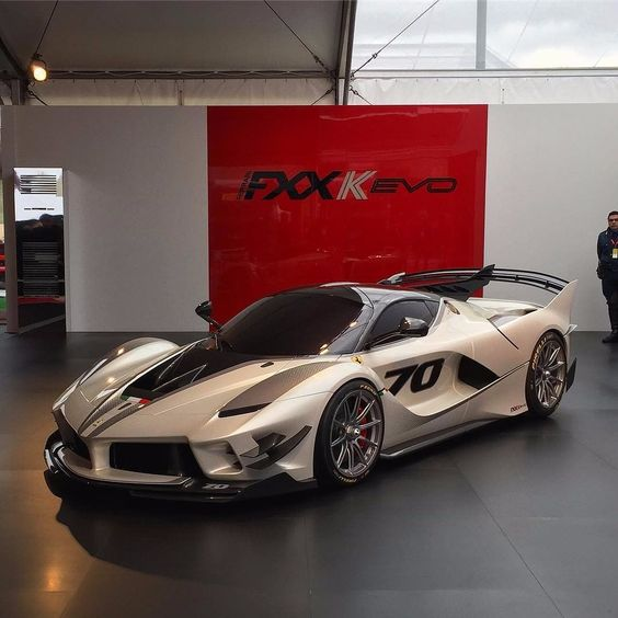"MUST SEE ""2018Ferrari FXX K Evo"" Concept Release Date, Price, News, Reviews"