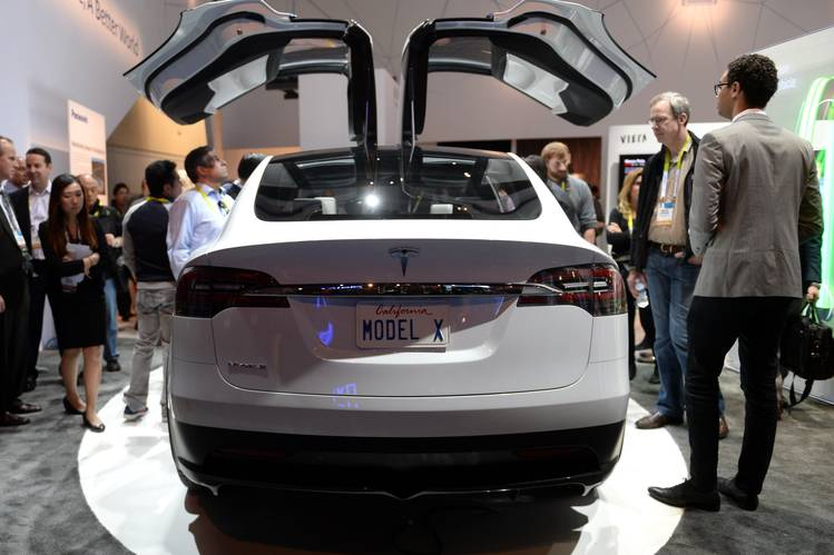2018 Tesla Model X has arrived, The $132,000 'Signature Series'