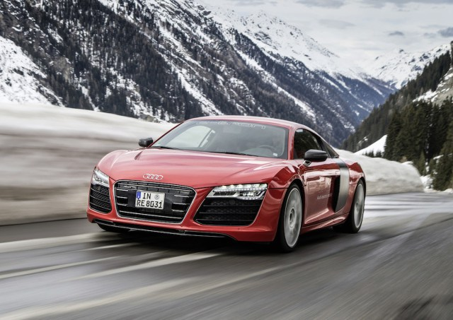 NewCarReleaseDates.Com Coming soon 2017 cars ''2017 Audi R8 e-tron '' Release Dates And Reviews of New Cars in 2017