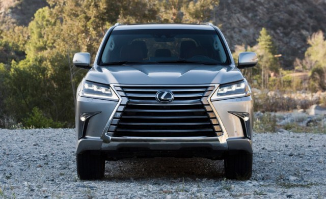 ''NewCarReleaseDates.Com'' Coming soon 2017 cars ''2017 Lexus LX 570  '' Release Dates And Reviews of New Cars in 2017