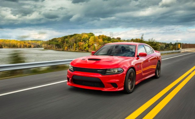 ''NewCarReleaseDates.Com'' Coming soon 2017 cars ''2017 Dodge Charger '' Release Dates And Reviews of New Cars in 2017