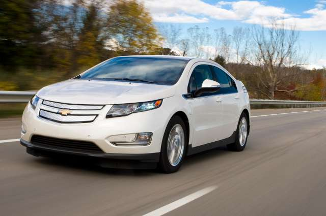 Newcarreleasedates.Com Best Hybrids of 2017 ''2017 Chevy Volt hybrid '' 2017 Hybrid/Electric Car Buying Guide