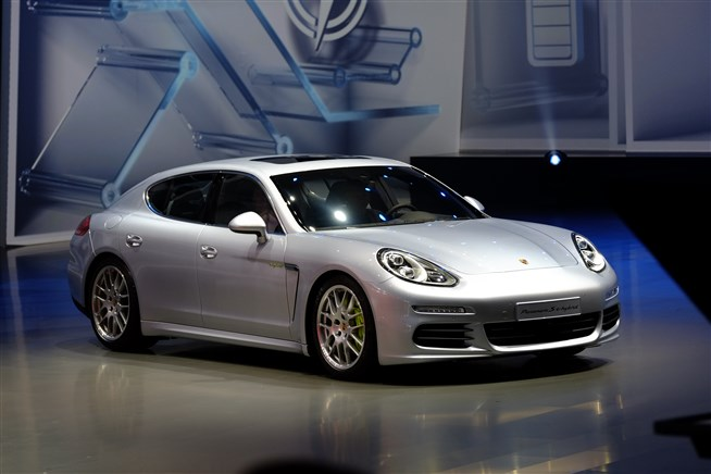 Newcarreleasedates.Com ''2017 Porsche Panamera S E-Hybrid'', Electric, Hybrid and Diesel Cars, SUVS And PickUPS