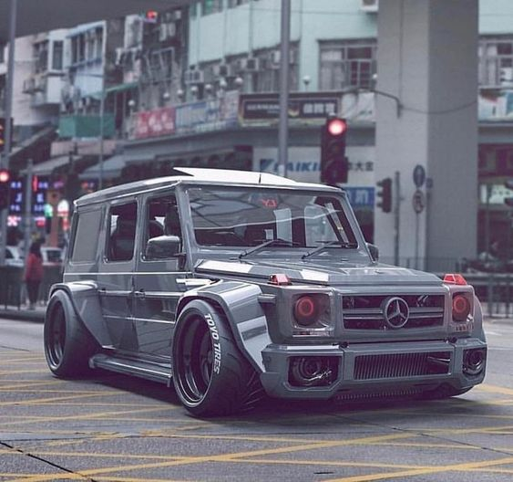 The secret of business is to know something that nobody else knows - Mercedes G Wagon