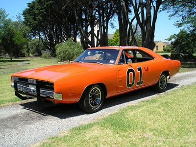 DODGE CHARGER R / T 1969 FROM THE DUKES OF HAZZARD FOR AUCTION